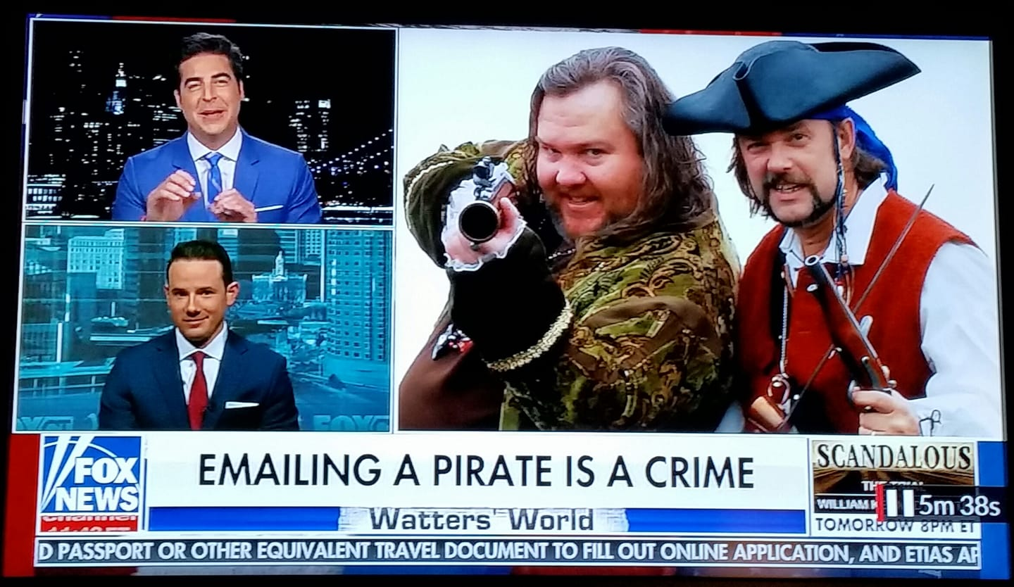Fox News used a picture of Cap'n Slappy and meself to illustrate this story. (Scroll ahead to the 30 minute mark.)